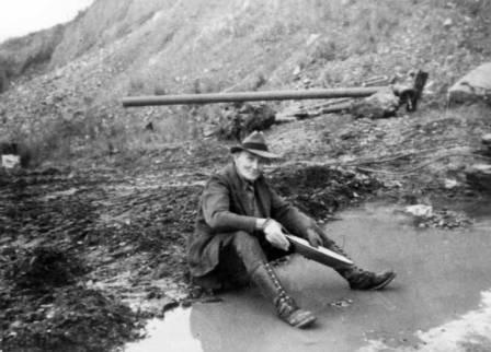 Luther Hess panning for gold in the Livengood district, circa 1930s/> <table border=