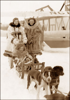 Genevieve Parker with champion dog musher Leonhard Seppala, circa 1927