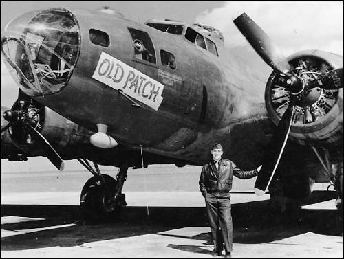 O'Neill with a B17 bomber